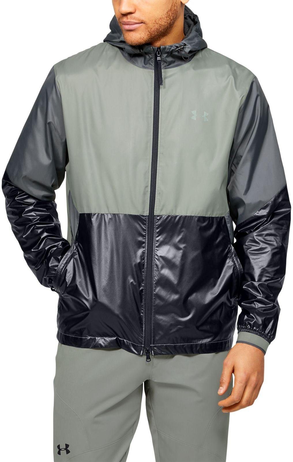 Bunda s kapucňou Under Armour Under Armour RECOVER LEGACY WINDBREAKER